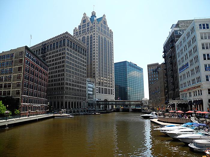 Milwaukee1
